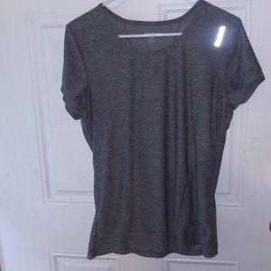 Reebox Gray workout tshirt Sz L